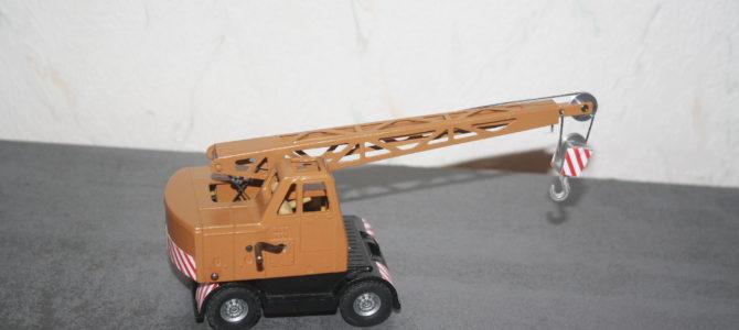 Aufgefrischte Dinky Toys – Coles Krane